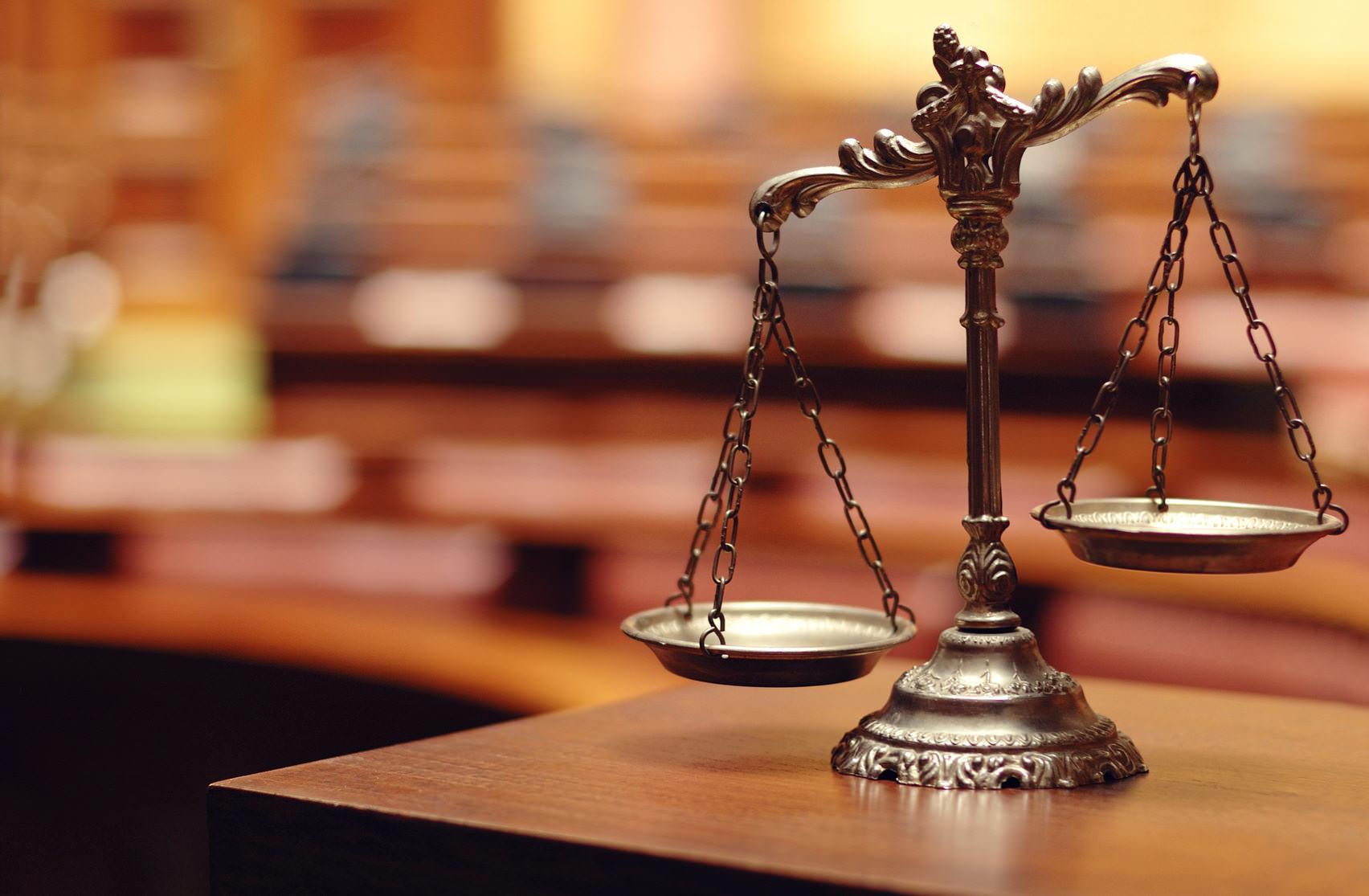 Если вы уверены, что вам положена доля в наследстве, нужно обращаться в суд (фото: Corgarashu - Fotolia.com).