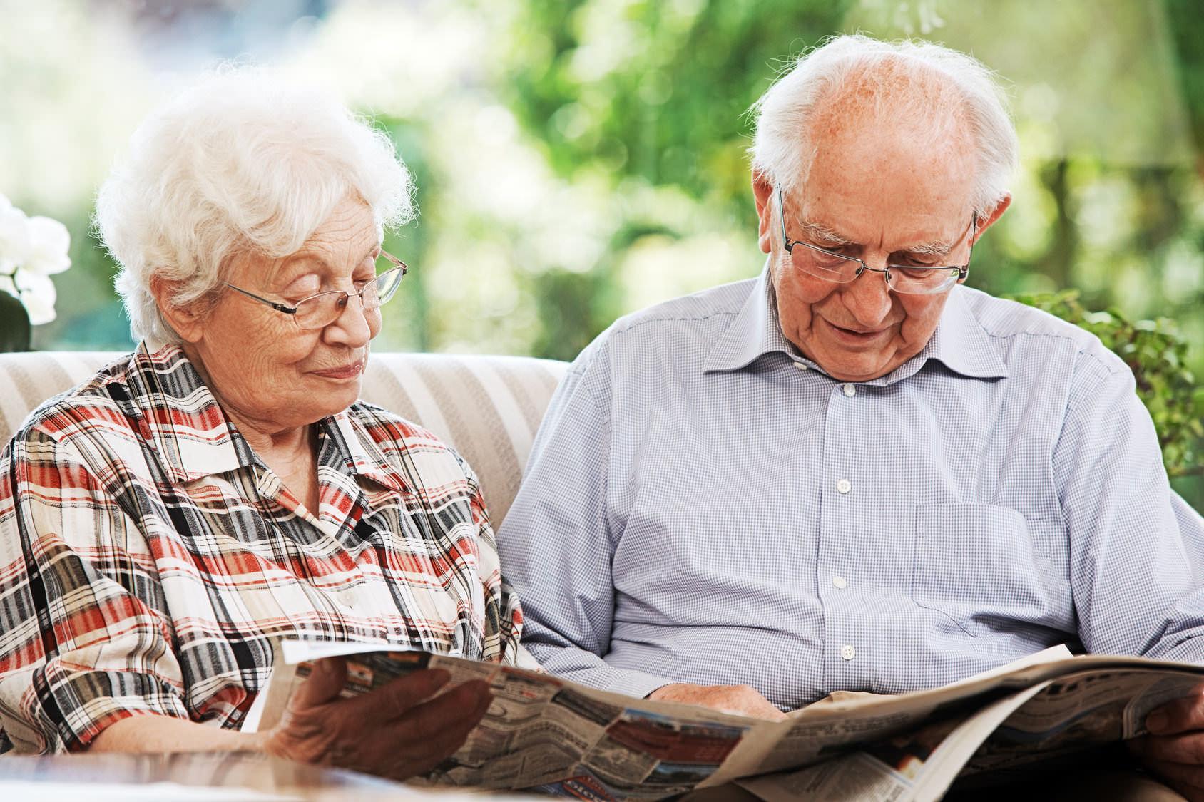 Пожилые люди: кто относится к их числу и какие льготы им положены (фото: Ingo Bartussek - Fotolia.com).