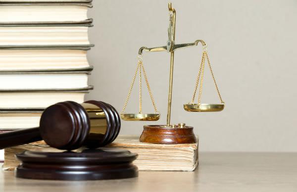 Какие нужно собрать документы для обращения в суд (фото: Pakhnyushchyy - Fotolia.com).
