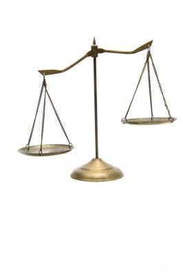 Чтобы получить компенсацию, нужно обратиться в суд (фото: freedigitalphotos.net).
